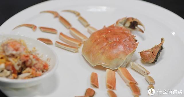 """厨师长教你:""""清蒸大闸蟹""""的做法及吃法,满满的小技巧"""