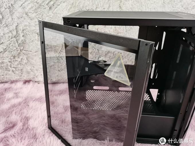 优雅的科技感:灯光联动负载的主机可还行?银欣法拉H1装机晒单