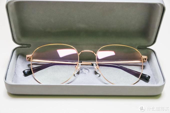 一款兼顾穿搭造型及防护的防蓝光眼镜,米家防蓝光眼镜