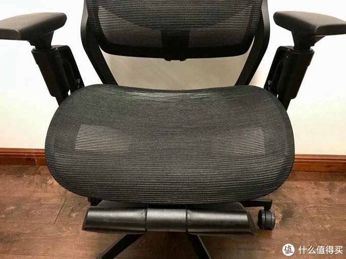 椅面下的就是腿托