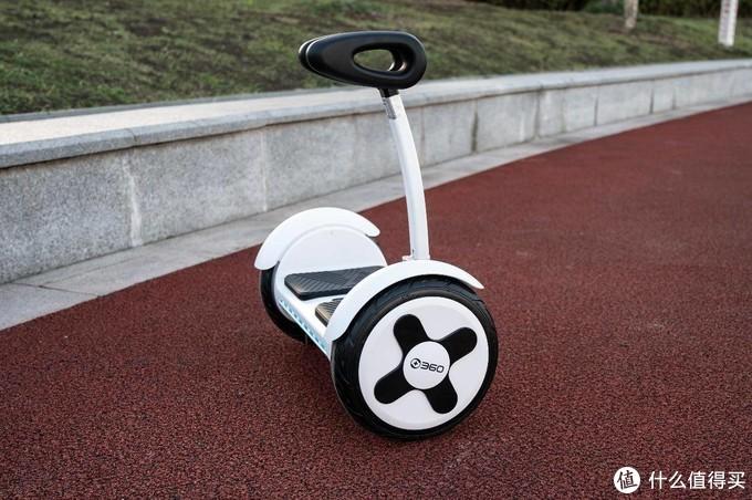 脚下生风,360度溜达利器,360平衡车P1上手试玩