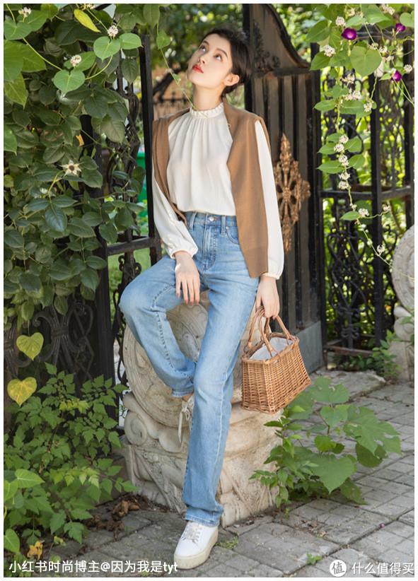 【小新分享】说说几款女生在秋季出门的穿搭----以优衣库为例