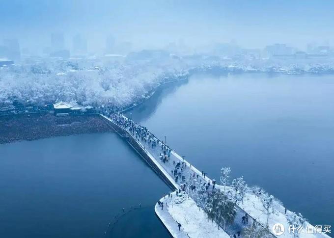 ≡俯瞰断桥雪景