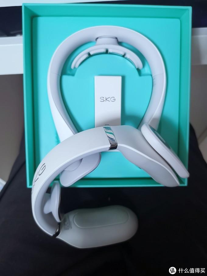 颜值高实力强,SKG全新K5颈椎按摩仪上手评测