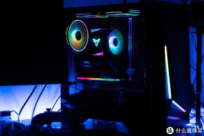 万物皆可RGB,极致性能WD_BLACK AN1500评测