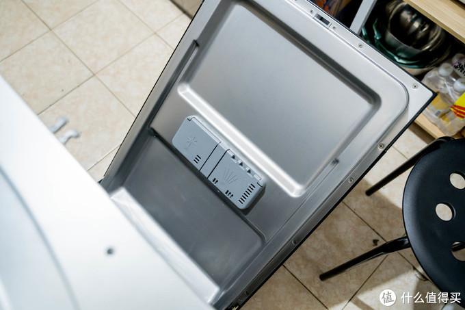 小户型也配拥有10套大容量洗碗机 | 可独可嵌、自动开门、杀菌消毒! — 海尔V10洗碗机全体验