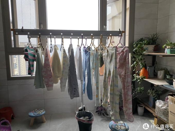 我家阳台的电动晾衣机|对升旗式晾衣说NO!