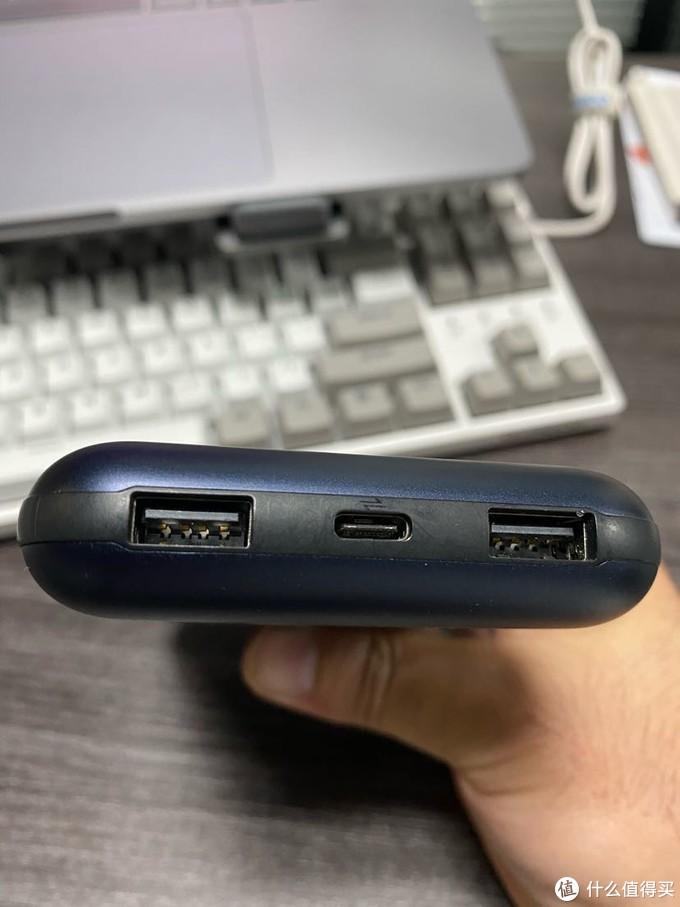 Iphone12系列送不送充电器我丝毫不care