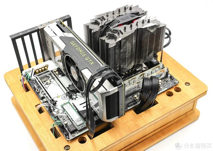 一款中国风金牌电源 大约1元1瓦还有10年保 鑫谷昆仑KL-750G