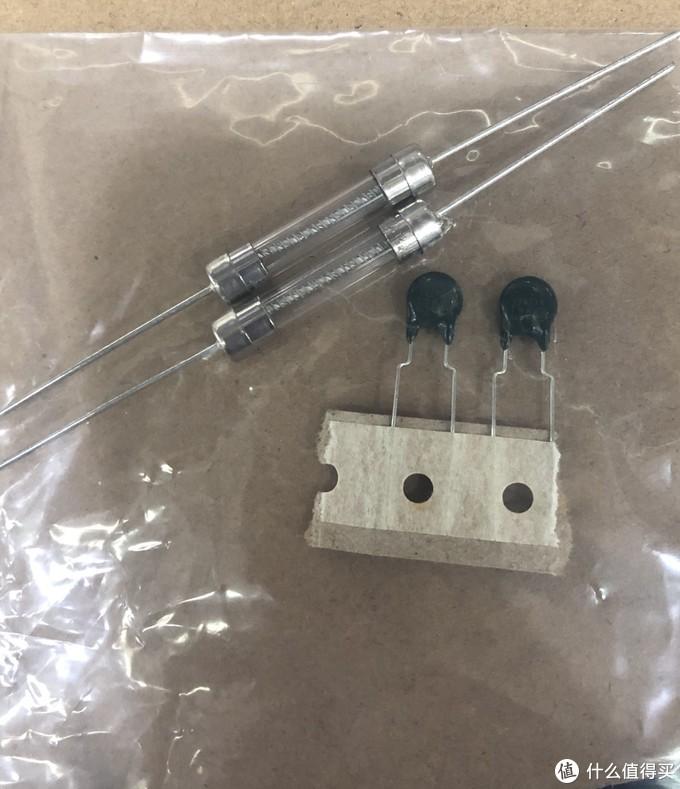 日本电饭煲误插220v电压维修记录