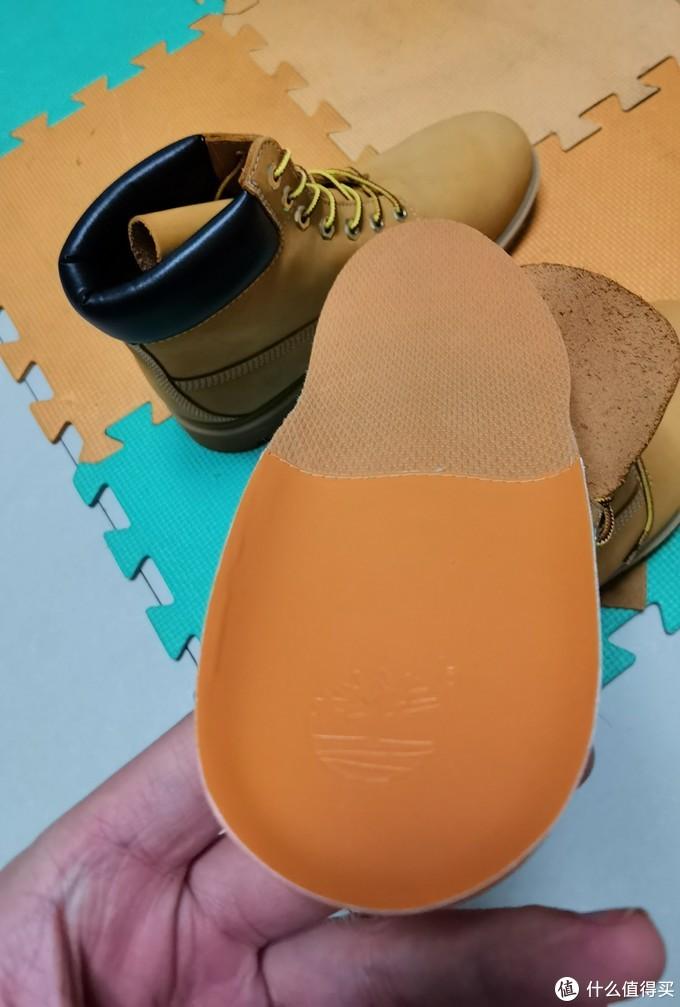 一个中年男人对型男必备靴的念念不忘