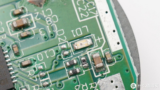 拆解报告:USCORSAIR美商海盗船Qi无线充电鼠标垫MM1000