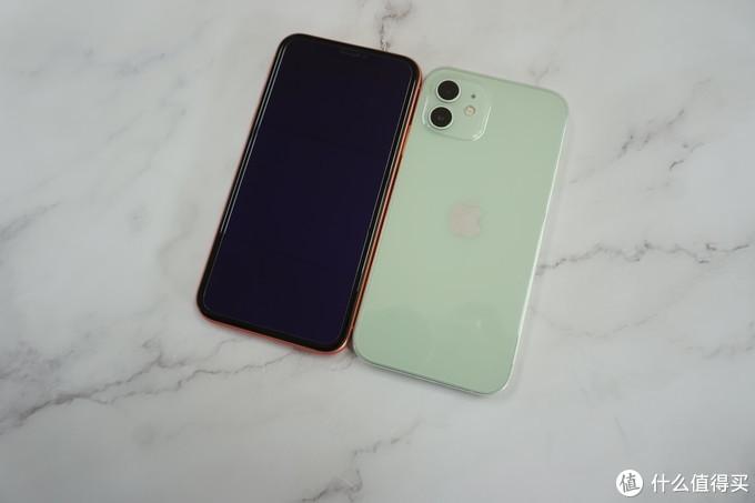 今年最好看的苹果手机,iPhone12 绿色版开箱