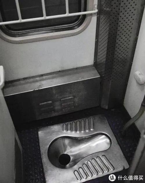 脚丫香,叫卖声…绿皮火车要的就是这个味儿!|山东日照1