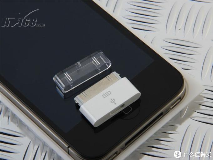 4S的时候是micro USB 转 30针