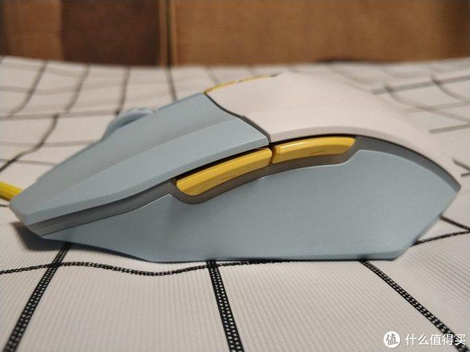 只重75g?经典再升级-达尔优EM910轻量化游戏鼠标