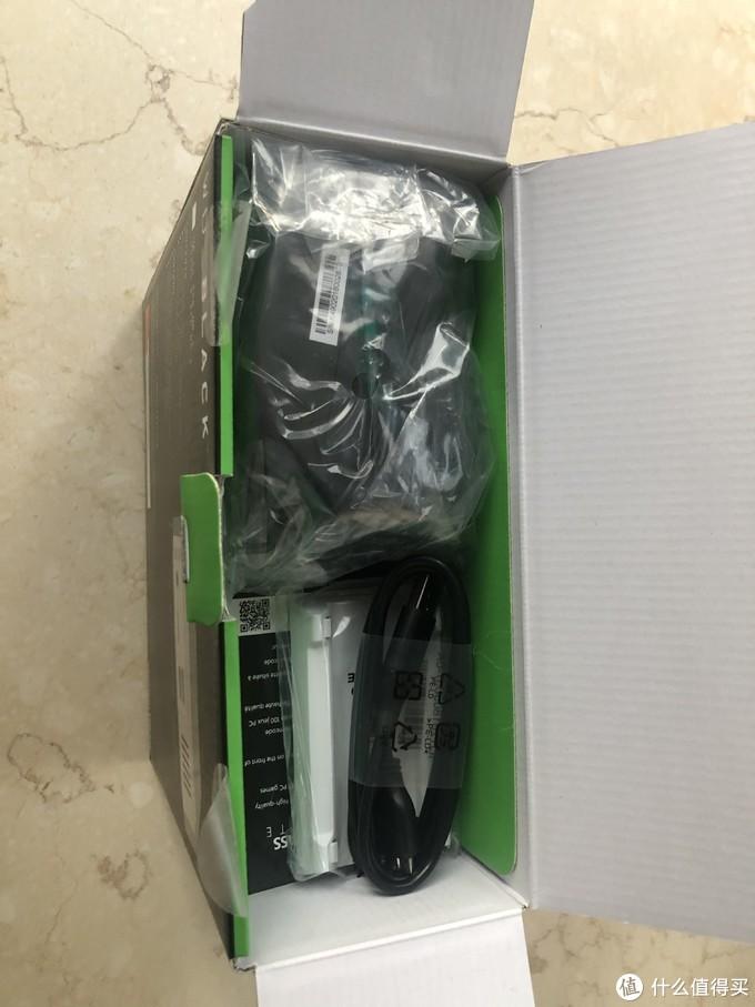 "WD BLACK D10 12TB:内盘还是""HC520"",但非零售的""600"""