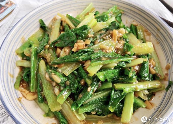 蒜蓉油麦菜,清口下饭,简单几步就能做出不一样的味道