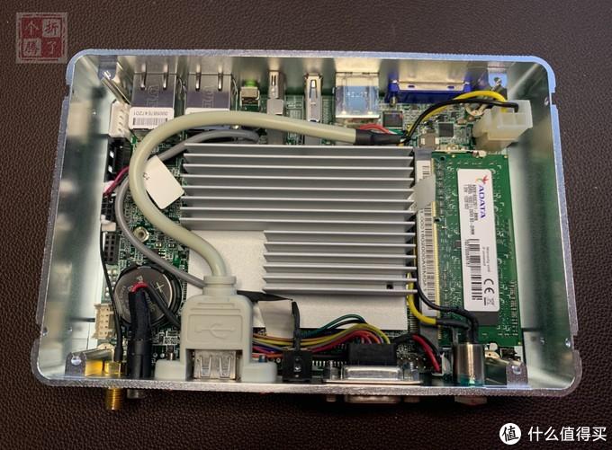双千兆工控小主机 N2807+2G+32G 软路由 台湾产 很精致