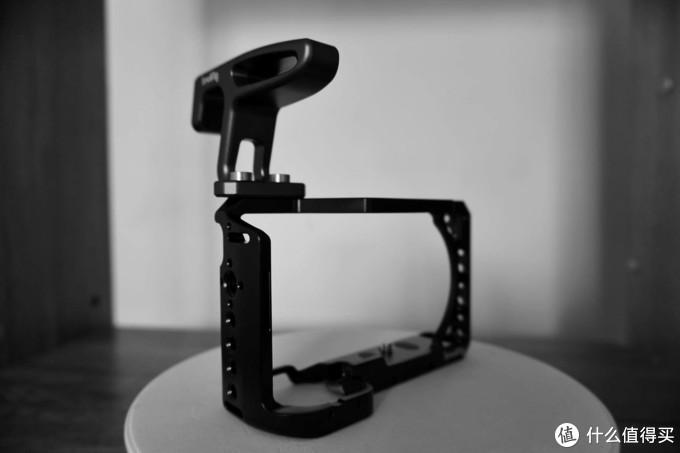斯莫格索尼A6400兔笼:你的相机不可或缺的配件