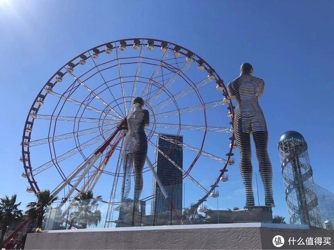 因这个故事,飞行十小时到另一个国家,这是世界上最悲伤的雕塑