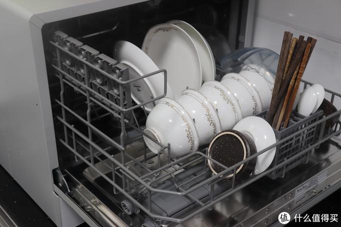 不能改橱柜?那就装台上!四步装好台上式洗碗机!