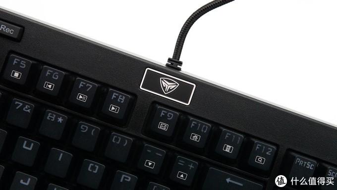 防水换轴啥都有 超频三GI801黑曼巴游戏机械键盘体验