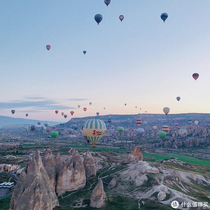 来到卡帕多奇亚,看到热气球,终于发现土耳其真是一个浪漫的国家!