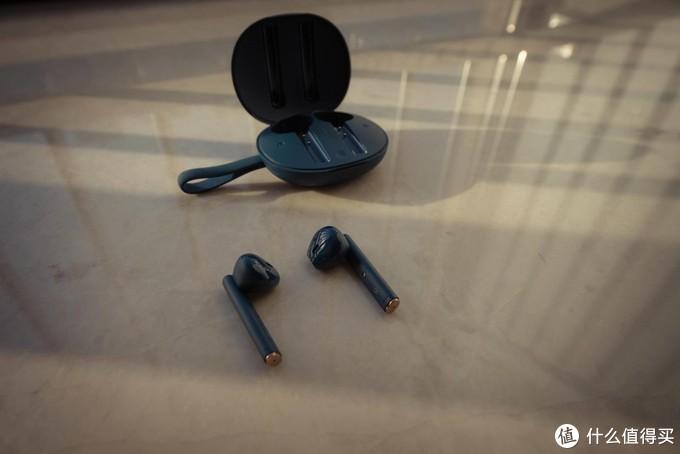怎么选择百元左右带无线充电的蓝牙耳机?