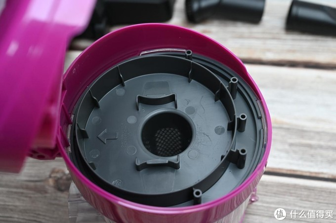 省时省力,超大吸力让地面焕然如新,美的C3L141C吸尘器体验