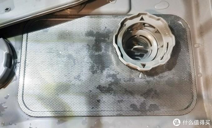 台式洗碗机的滤网和下水过滤↑