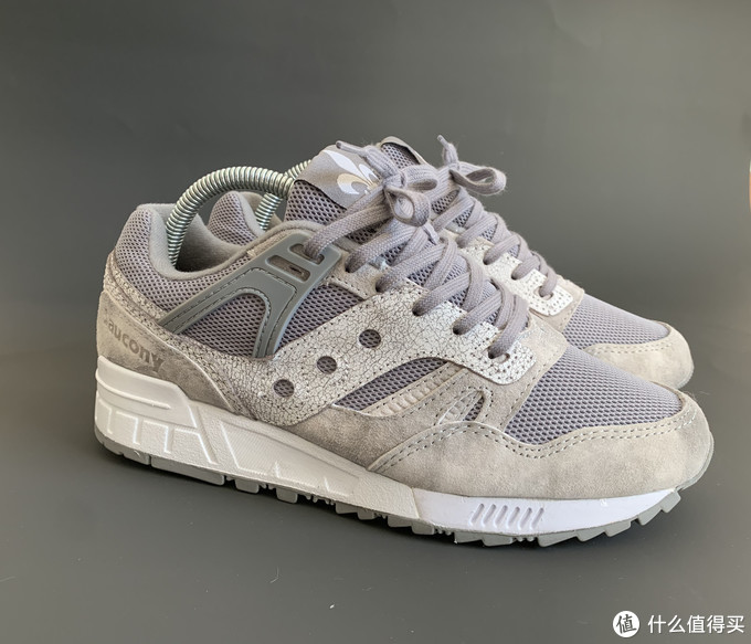 近期购入三双Saucony老鞋Grid SD和Shadow 5000 evr X solebox