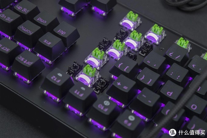 以灯之名:Razer BlackWidow V3(黑寡妇V3) 绿轴版开箱