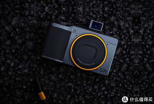 理光APS-C固定镜头相机GR3