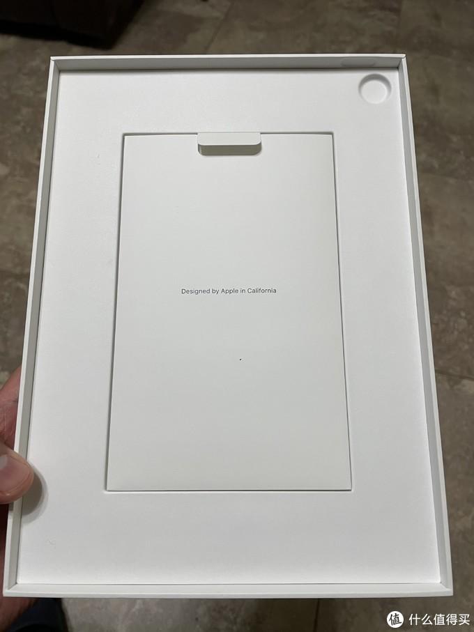 iPad下面还是一袋说明书