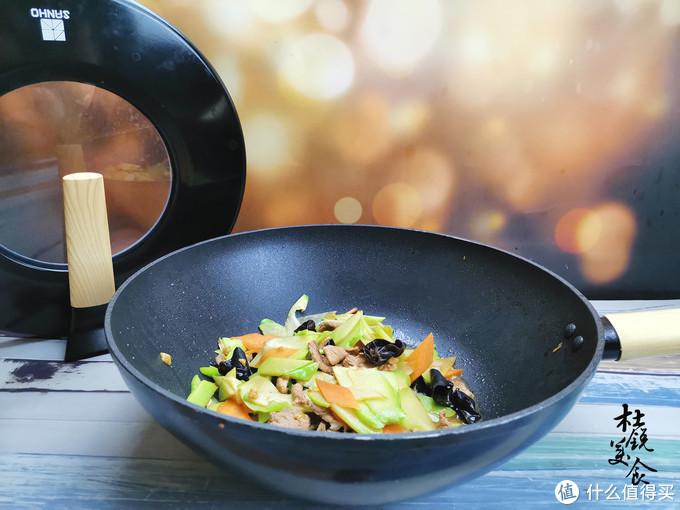 """这食材是名副其实的""""锌库"""",含铁是南瓜4倍,一家人都要多吃"""