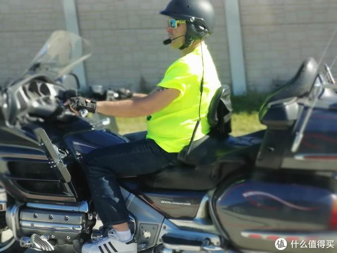 帅气的旅行摩托车,真羡慕
