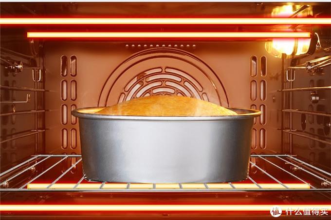 烤箱通过上下加热管的热辐射将食物烤熟,适用范围广