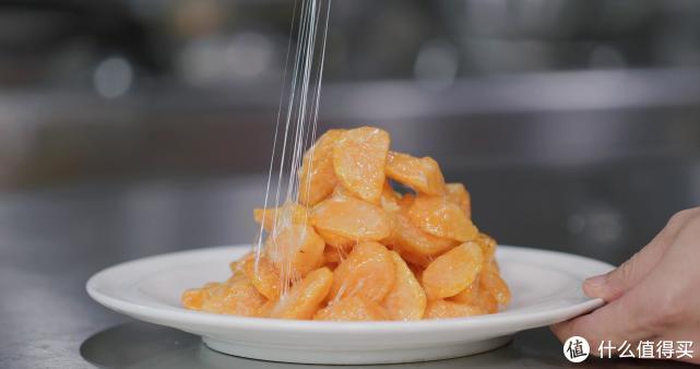 """厨师长教你:""""拔丝红薯""""的家常做法,能拔出1米以上的糖丝"""