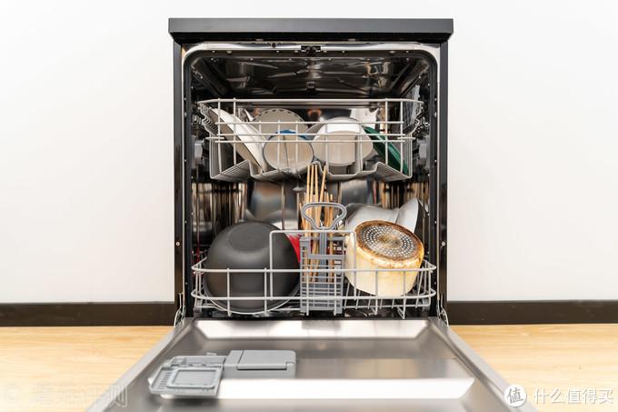 双微蒸汽洗,干净更除菌、海尔智能开门烘干系列消毒型洗碗机 深入评测