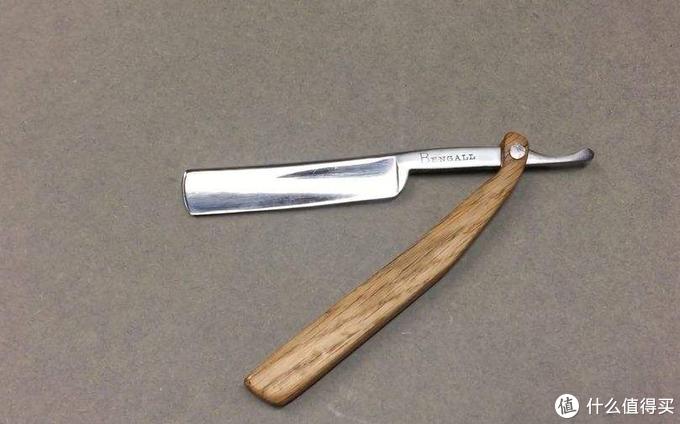 男人面子工程第一步,你到底适合什么样的剃须刀?