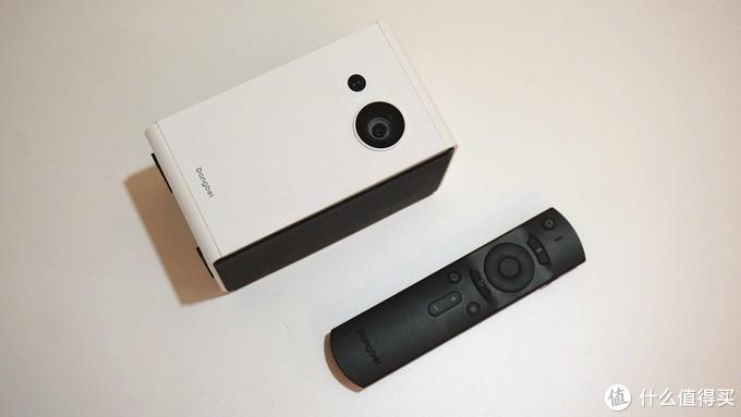 手机大小的便携投影,随时随地看大片,当贝C2千元投影新选择