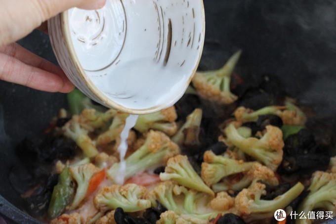 花菜这样做能吃一大盘,营养丰富又入味,简单快捷比大鱼大肉下饭