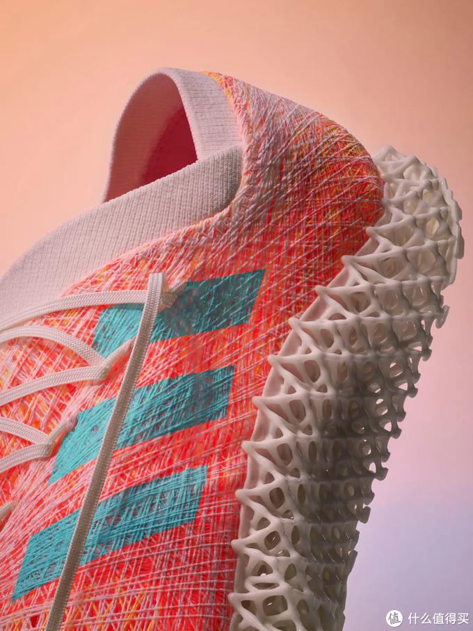 """阿迪放大招:""""编程""""鞋面+3D打印鞋底,BOOST的继任者来了!"""