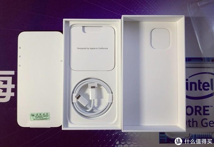 iPhone 12 开箱