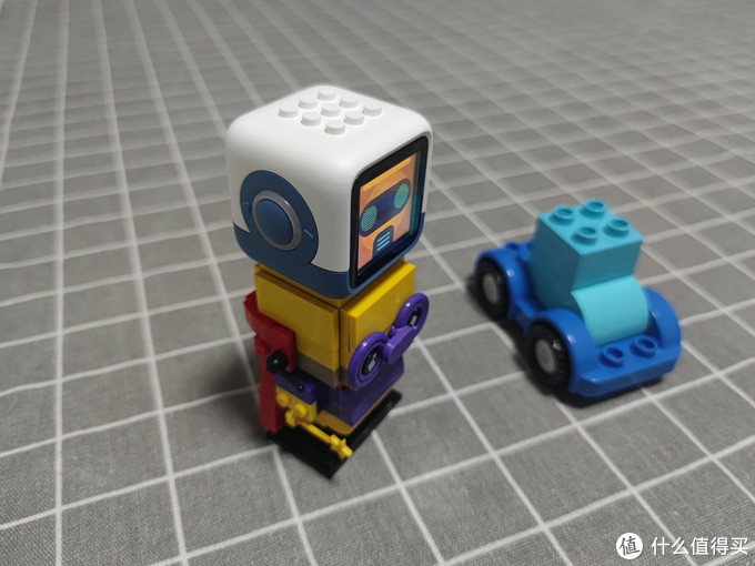 儿童随身好玩伴:小木百变悟空机器人评测
