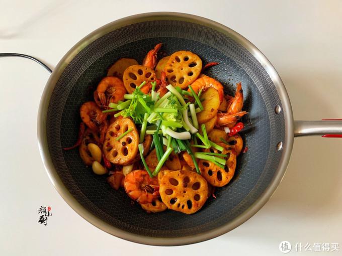 大虾这样做太好吃了,做法简单,香辣美味,一大盘不够吃,过瘾