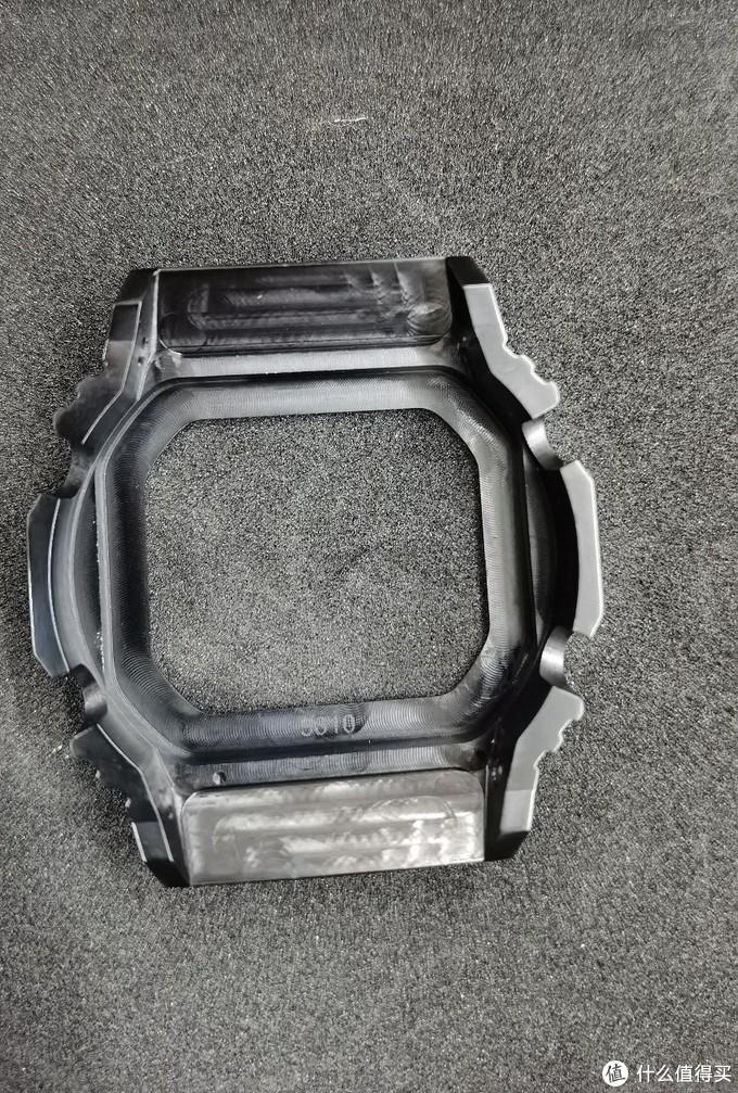 钛合金表壳背面