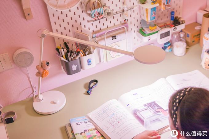 ↑学习的时候,台灯默认开到最亮
