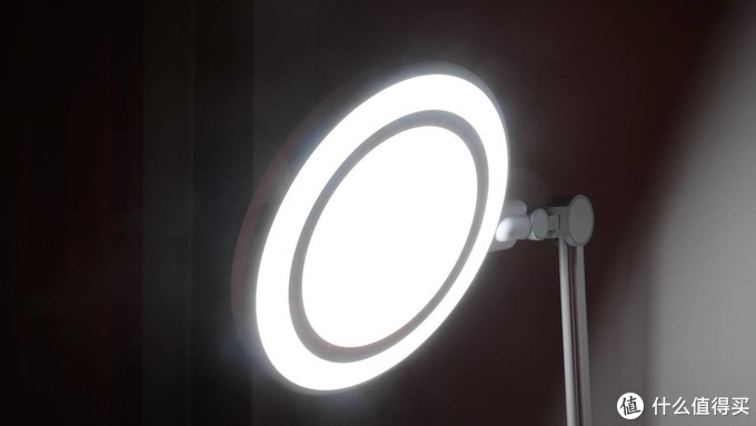 一年半后再选择,基础升级功能多--一款孩视宝台灯使用感受
